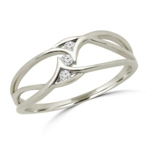 Charming 3 stones promise ring in 10k white gold