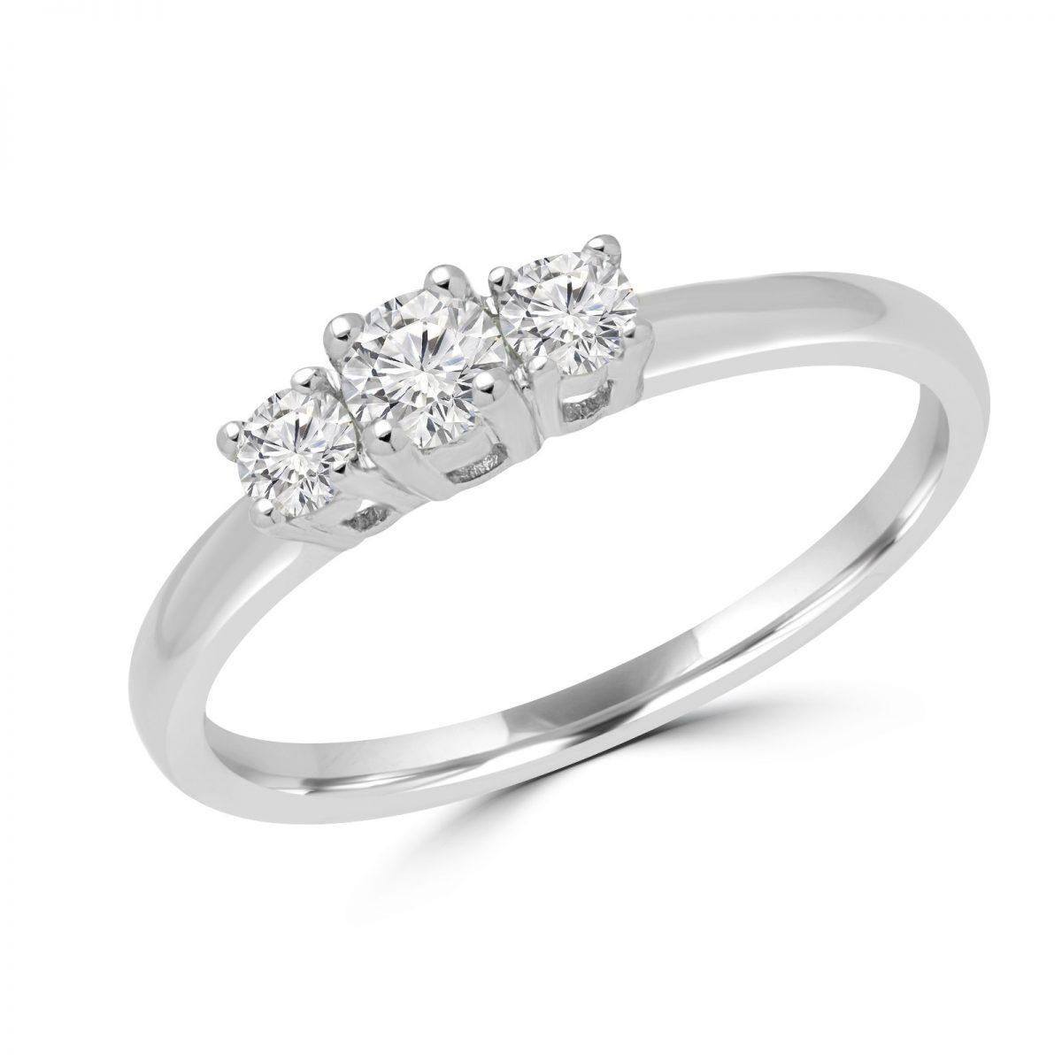 bague or blanc avec 3 diamants
