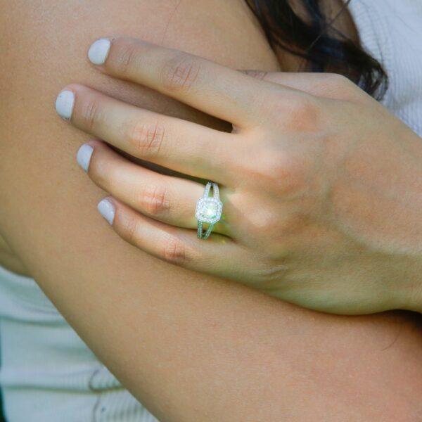 Eternal cushion cut halo ring 1.02 (ctw) in 14k white gold