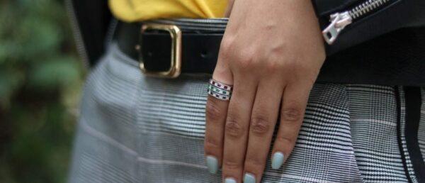 Iolite & diamond wedding band 0.64 (ctw) in 10k white