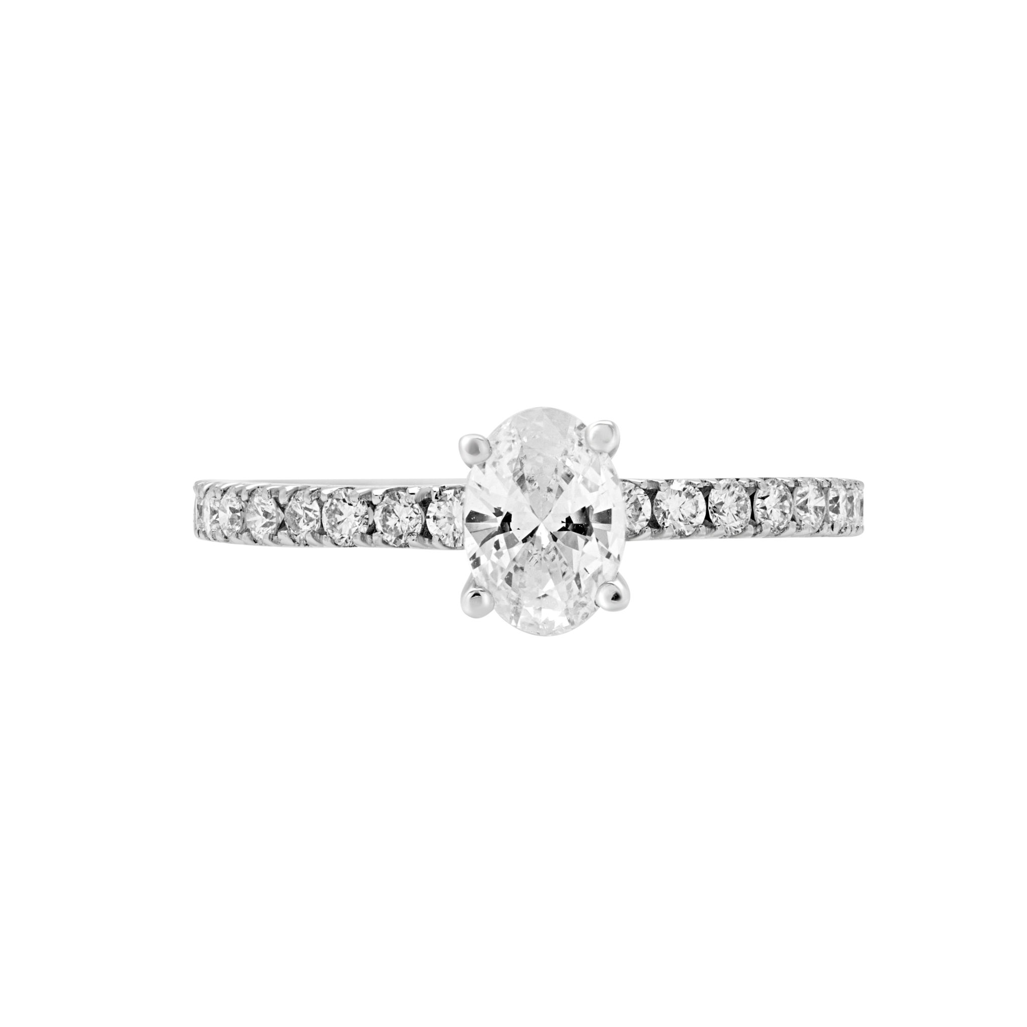 Lovable oval Solitaire engagement ring diamonds center 0.77 ct vs1 e