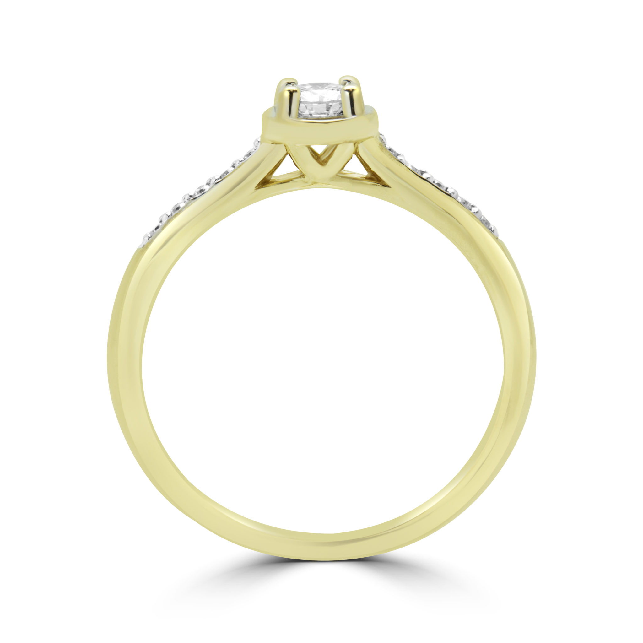 Fashionable solitaire diamond engagement ring