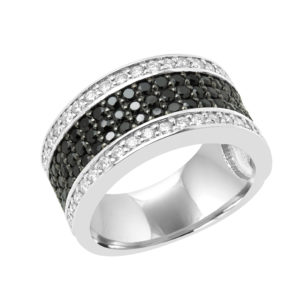 Made for love Cocktail diamond ring