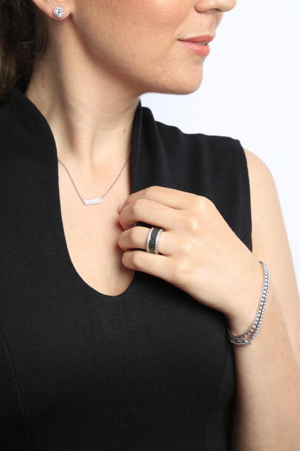 Glittery black & white diamond cocktail ring 1.65 (ctw) 14k gold