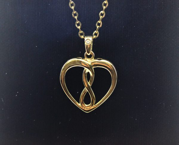 Infinity heart pendant 10k yellow gold and diamond