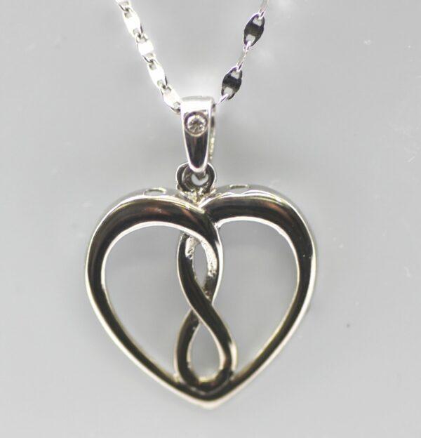 Infinity heart pendant 10k white gold and diamond