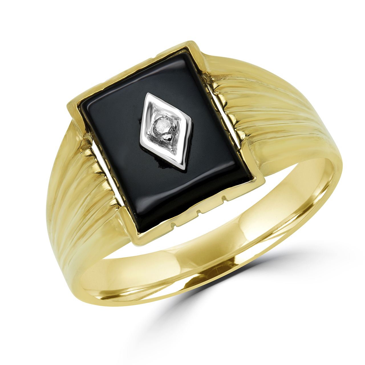 Black onyx diamond 0.02 (ctw)10k yellow gold men's ring