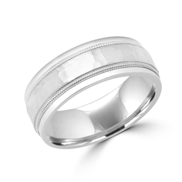Wedding band with hammered finish 7.5 mm