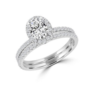 Oval luxurious halo engagement ring wedding set