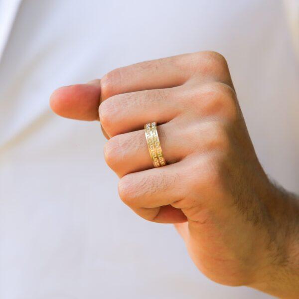 Dotted greek key yellow gold wedding band