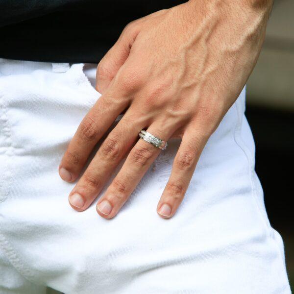 Men bold diamond wedding band 0.21 (ctw) in gold