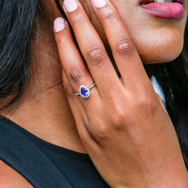 Pear shape tanzanite halo ring 1.83 (Ctw) 14k white gold