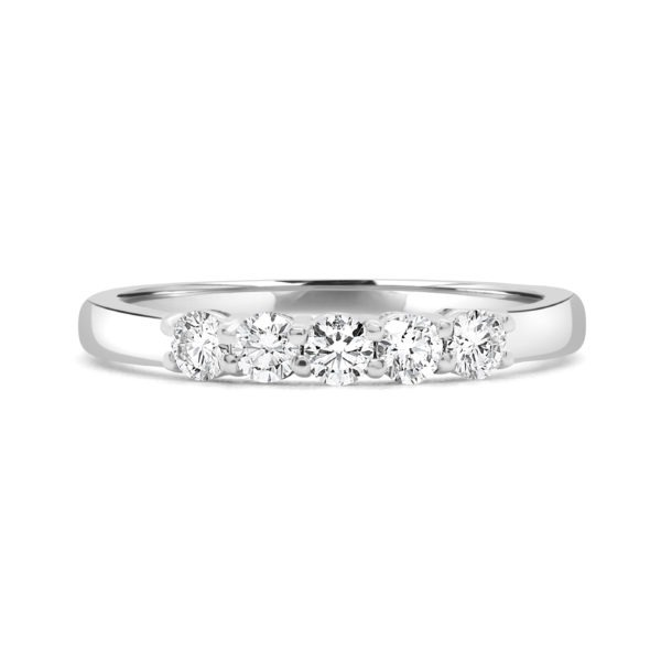 Pretty semi-eternity ring 0.40 (ctw) in 14k gold